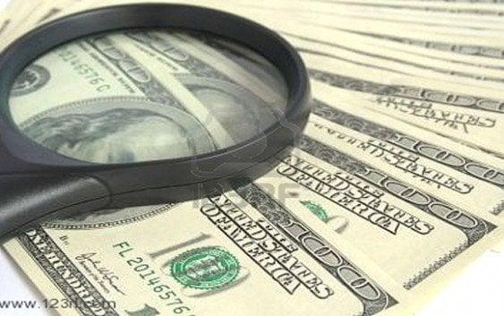 Arrestan una miembro banda distribuye dolares falsos