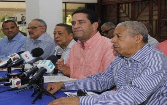 Eligio Jáquez pide resolver situación productores invernaderos Rancho Arriba