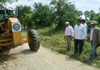 IAD inicia reparación de caminos en Hato Damas