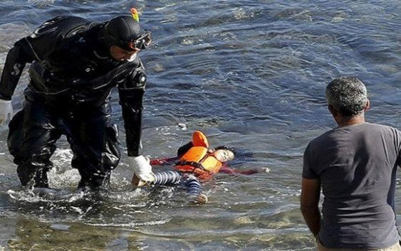 El horror sin fin: cuatro niños migrantes ahogados en Grecia