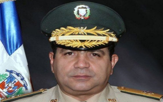 RISIBLE… Ministro Defensa vuelve con «La frontera esta sellada»