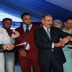 Presidente inaugura hospital de Las Matas de Santa Cruz