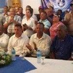 Juan Medina se va al PRM y se lleva altos dirigentes del PLD