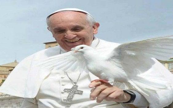 El Papa dice utilizar a Dios para justificar asesinatos es una blasfemia