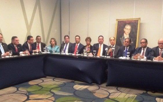Funcionarios gobierno disidentes PRSC ratifican apoyo reelección
