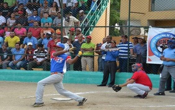 Dominicana y Puerto Rico dividen honores sóftbol
