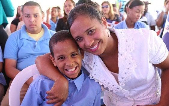 Gobierno inaugura dos escuelas y una estancia en Bonao