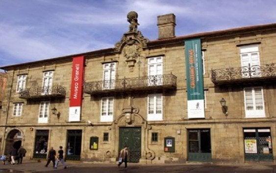 Exposición itinerante de la DGA en Santiago de Compostela