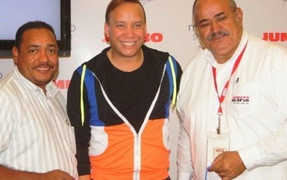 Diseñador José Jhan presenta ropas deportivas en el Jumbo