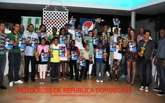 FDM galardona mejores pilotos motocross