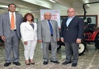Avelino Abreu presenta prestigiosos Tractores japoneses SHIBAURA