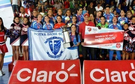 Notre Dame campeón Copa Intercolegial Claro de futsal femenino
