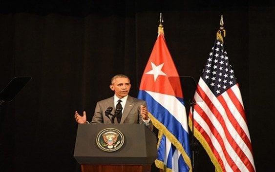 Obama dice en Cuba ciudadanos deben tener derecho a criticar sus gobiernos