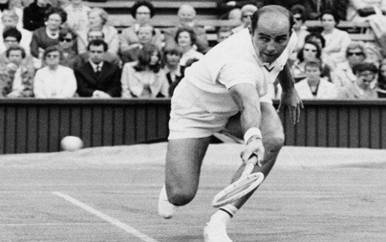 Salón de la Fama del Tenis expulsa a Bob Hewitt por violación sexual