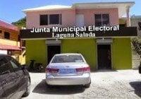 Dicen presidente Junta Electoral de Laguna Salada es un pulpo