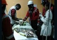 Un milagro: Tras 80 horas bajo escombros bebe es rescatada
