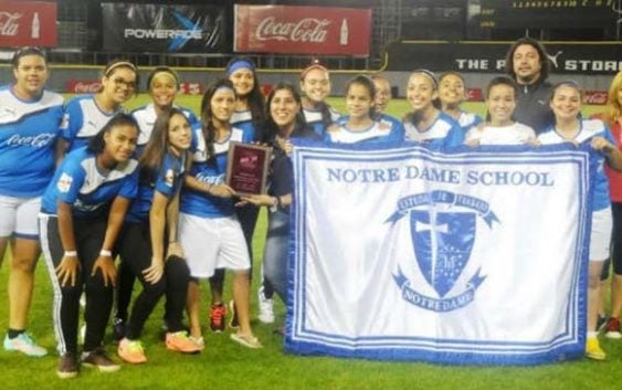 Babeque y Notre Dame campeones Copa Coca-Cola Santo Domingo