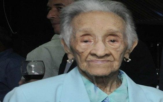 A los 102 años muere «Dama del Macuto» de los Tigres del Licey