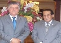 Embajador de Qatar recibe visita de Roberto Santana