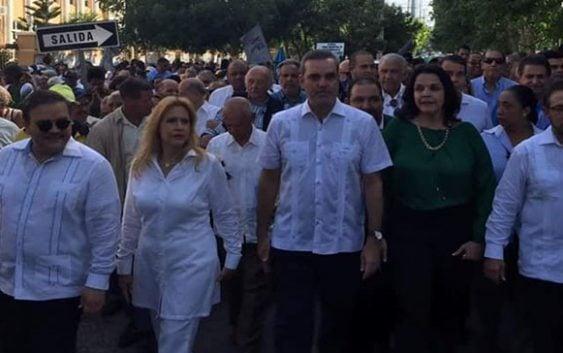Opositores marchan hacia Cancillería; Denunciar fraude electoral
