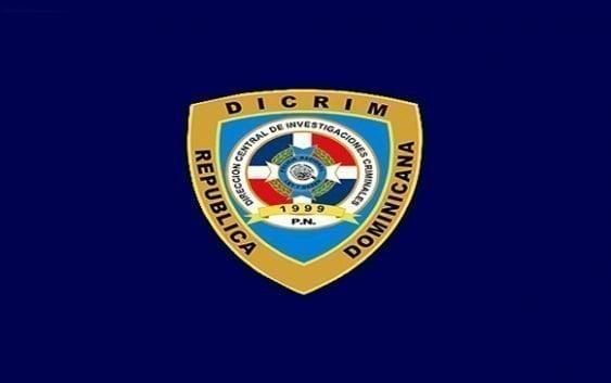 Con uniformes del Dicrim asaltantes roban vehículo prensa Canal 33