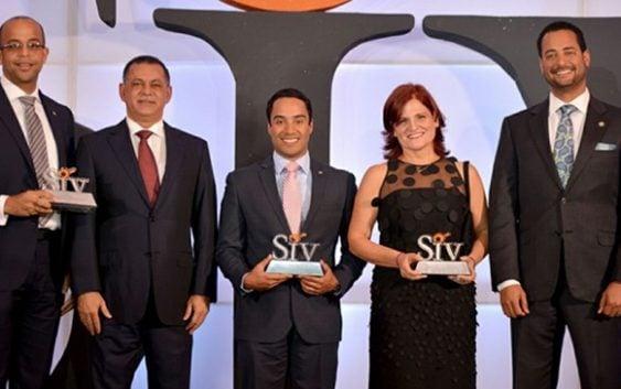Superintendencia de Valores premian a Inversiones Popular