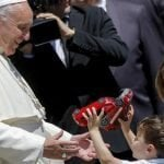 Papa Francisco aconseja a los padres no discutir delante de hijos