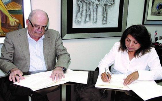 AGN firmó convenio de cooperación con Archivo Nacional de Ecuador
