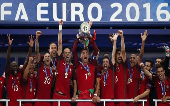 Portugal gana su primera Eurocopa tras vencer a Francia 1-0