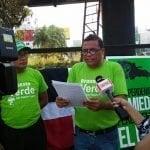 Cantautor Winston Paulino inicia huelga de hambre-vigilia; volverá mañana al Palacio; Vídeo
