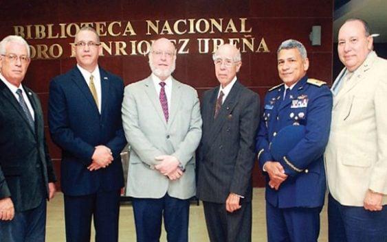 Presentan el Instituto Dominicano de Historia Aeronáutica
