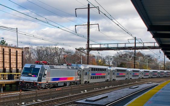 Un muerto y alrededor de 100 heridos en tren Nueva Jersey; Vídeo
