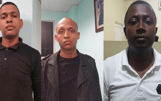 Policías asesinos (sicarios) se desplazaban en jeepeta audi
