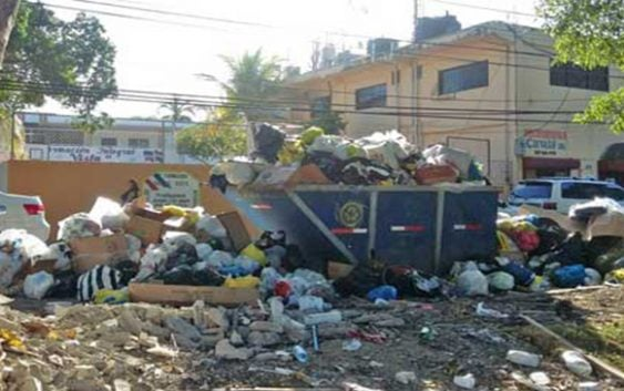 Padres Centro Educativo Buena Vista piden ASDN retirar contenedor basura