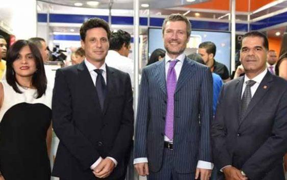 Altice ofrece cóctel en Expo Cibao 2016