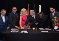 Embajada de Suiza e Inposdom emiten sello 80 aniversario