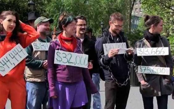 Estudiantes estadounidenses deben 1,3 billones de préstamos estudiantiles