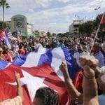 Exiliados de Miami celebran muerte del satrapa cubano Fidel Castro; Vídeos