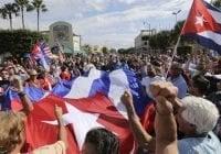 Exiliados cubanos marchan en Miami a favor Donald Trump; Vídeo