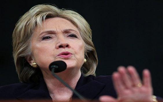 Hillary Clinton reaparece, en discurso confiesa no quería salir de casa; Vídeo