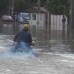 Las lluvias inundan cientos de casas en Monte Cristi
