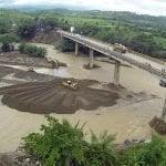 Ministerio de Obras Públicas reestableció transito puente en Imbert