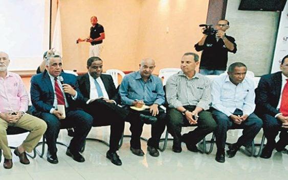 Danilo Díaz, federaciones y el COD se reunen