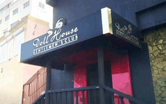 Procuraduría rescata 15 colombianas; cierra Doll House Gentlemen's Club