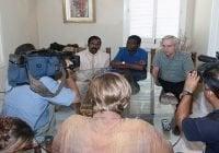 """""""Dueños del Mundo"""" se llevan su ex-aliado, senador de Haití, Guy Philippe; Vídeo"""