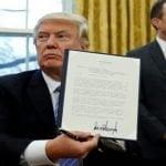 """Trump: Elimina Ley de Baños; """"Unión entre hombres y entre mujeres es del diablo"""""""