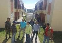 Corrupción? INVI militariza apartamentos entregó Alma Fernández en Monte Cristi