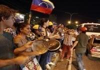 Venezuela: Cacerolazo extremeció Caracas; Maduro sigue provocando; Vídeos