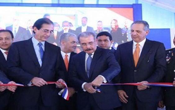 Danilo Medina da inicio al servicio del Sistema 911 en Puerto Plata y Santiago