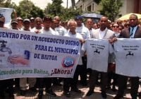 Alcalde y comunitarios de Baitoa reclaman en Palacio Nacional construcción acueducto